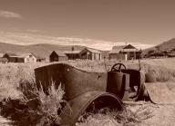 bodie;-bodie-state-park;-bodie-ghost-town;-abandoned-building;-wooden-buildings;-old-buildings;-sepia;-sepia-photo;sepia-photograph;-ghost-town;-old-towns;-abandoned-town;-old-car;-abandoned-car;-car