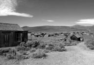 bodie;-bodie-state-park;-bodie-ghost-town;-abandoned-building;-wooden-buildings;-old-buildings;-black-white;-black-white-photo;-black-white-photograph;-ghost-town;-old-towns;-abandoned-town