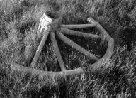 bodie;-bodie-state-park;-bodie-ghost-town;-black-white;-black-white-photo;-black-white-photograph;-wagon-wheel;-old-wagon-wheel