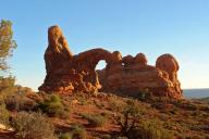 Moab;Arches-National-Park;arch;desert