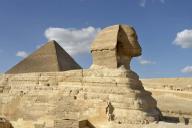 egypt;-giza;-giza-plateau;-pyramids;-pyramid;-great-pyramid;-khufu;-pyramid-of-khufu;-sphinx