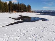 lake;-tahoe;-lake-tahoe;-winter;-snow;-shoreline;-beach;-kings-beach;-north-shore;-footprints;-footprints-in-snow
